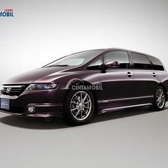 Review Honda Odyssey Absolute 2004, MPV Berkarakter Sporty