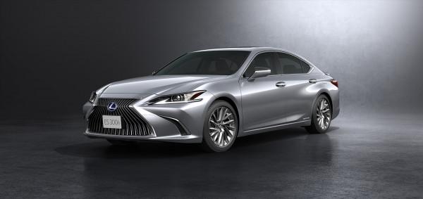 Lexus Luncurkan New ES dan New UX