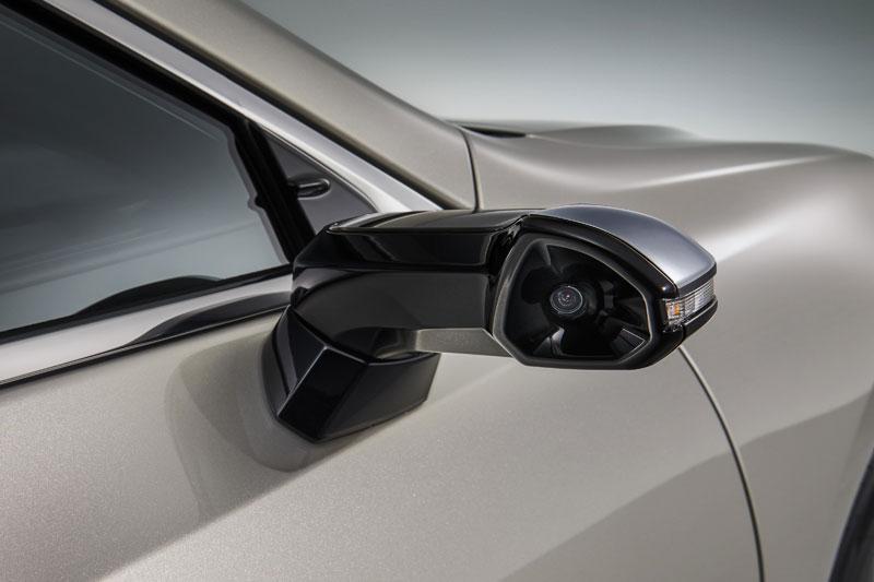 Kaca Spion Samping Digital Lexus ES 2019 Tak Peduli Cuaca