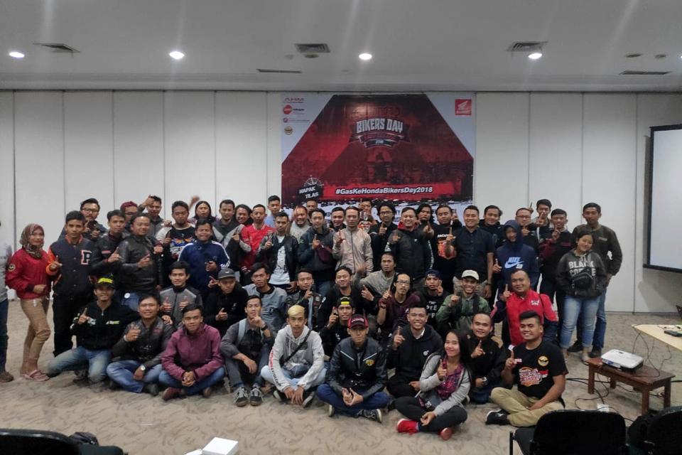 Sebelum ke HBD Nasional 2018, DAM Beri Pelatihan Safety Riding Untuk Bikers Honda
