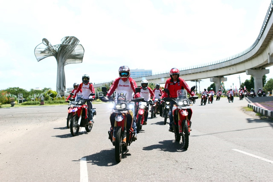National Honda Roadventure Diikuti 1000 Bikers