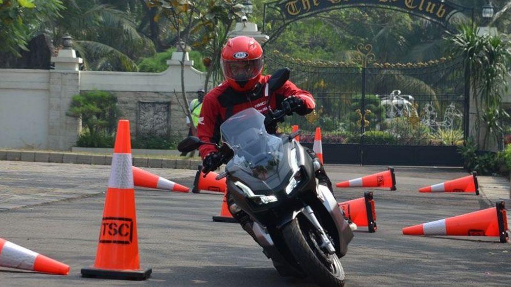 First Ride Honda ADV150