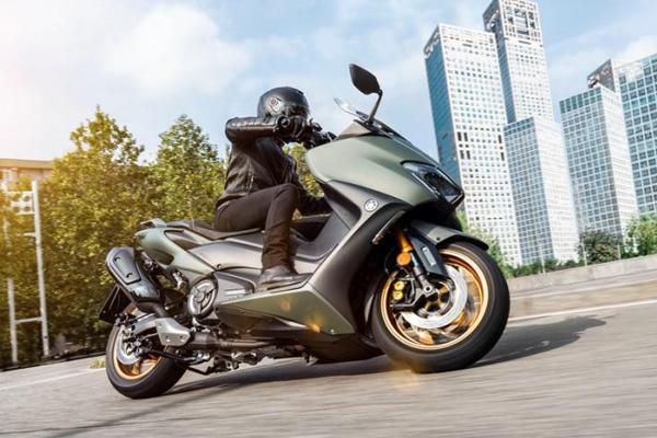 Yamaha Tmax 560 Generasi Terbaru, Makin Ramping dan Agresif