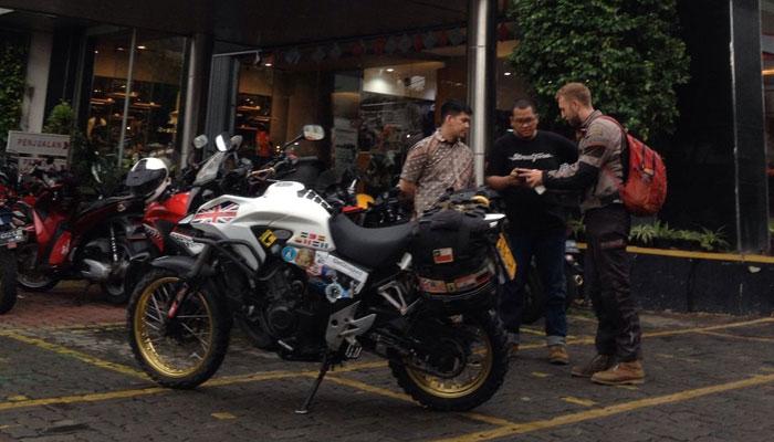 Honda CB500X dari Inggris Raya 'Mampir' Service di Wahana