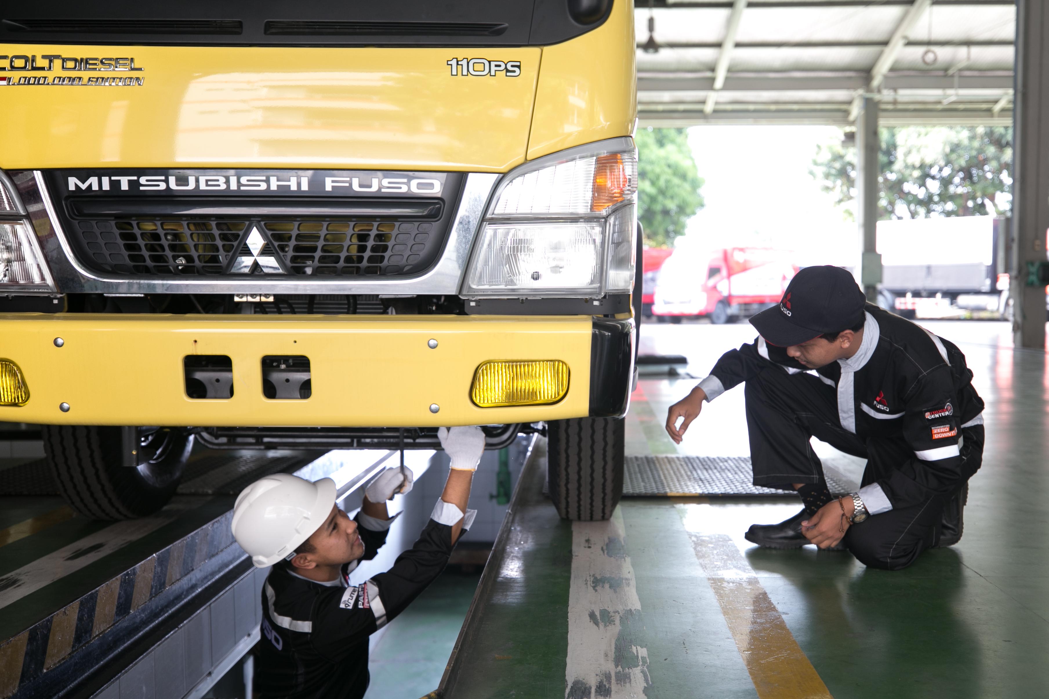 Truk Fuso Bermasalah Akibat Banjir, KTB Tawarkan Diskon dan Pemeriksaan Gratis