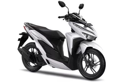Alasan Honda Vario 150 lebih Menarik Ketimbang Yamaha Aerox 155