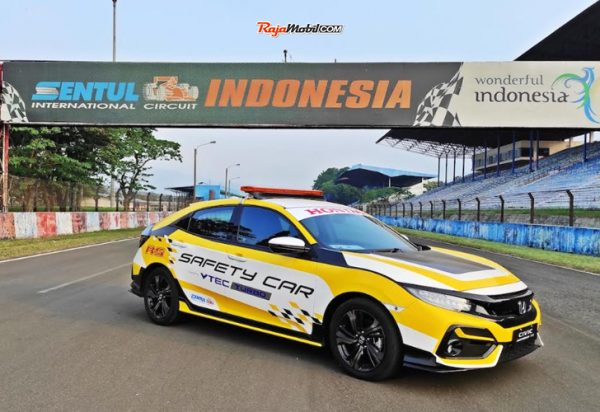 Honda Civic Hatchback RS Turbo dan Honda Civic Turbo Tampil Sebagai Official Car Indonesia Sentul Series of Motorsport (ISSOM) 2020